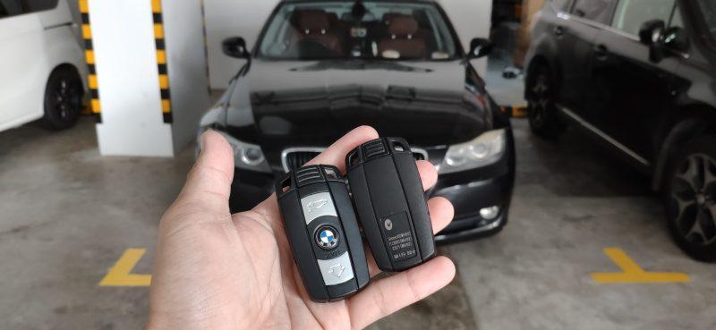 BMW key fob battery