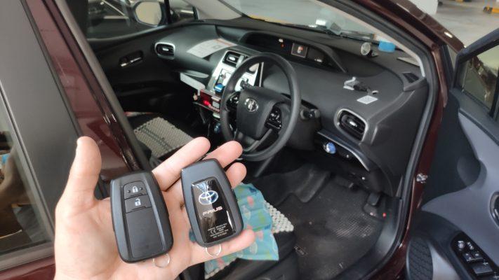 prius taxi key